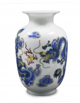 Dahlia Chinese Dragon Motif Blue and White Porcelain Flower Vase, 9 Inch Melon Shaped