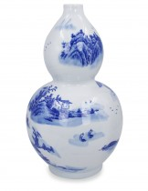 Dahlia Chinese Landscape Painting Blue and White Porcelain Flower Vase, 14 Inches, Gourd Vase